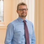 Leading Pain Specialist at London Pain Clinic - Dr Christopher Jenner MB BS, FRCA