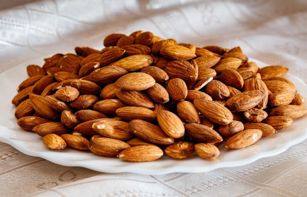 Almonds to promote sleep